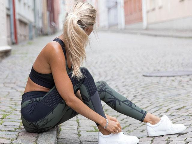 7 BEST PATTERNED LEGGINGS FOR WHEN YOU'RE BORED OF ALL BLACK EVERYTHING, Women's Health