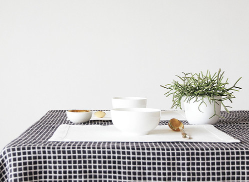 Off white linen placemats for elegant table setting Modern Home