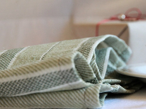 Pure linen napkins green