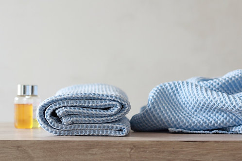 Modern linen bath towels light blue
