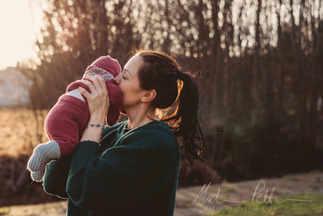 mor og datter, nyfødt