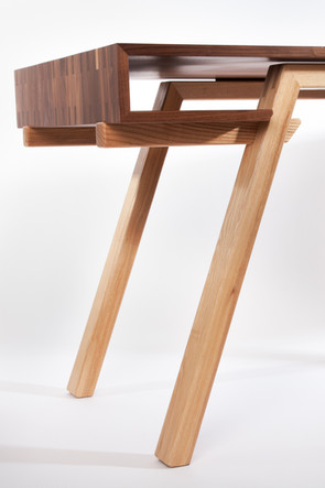 Balnahard desk