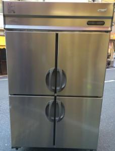 縦型冷蔵庫の搬入!