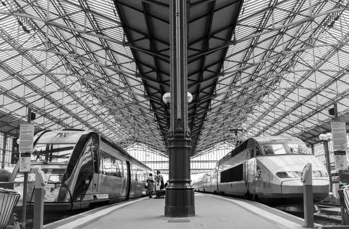 Série en noir et blanc - Gare de Tours