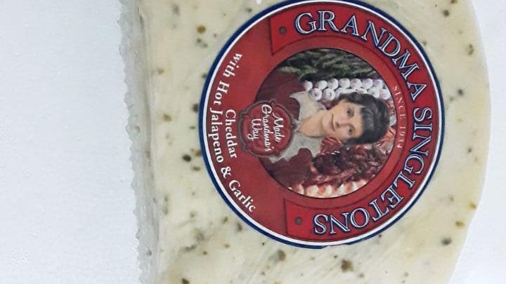 Grandma Singletons Cheddar with Jalapeno & Garlic Block