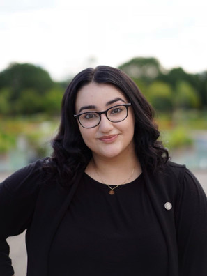 Ronak is a fourth-year Business student specializing in Human Resources and minoring in Applied Information Technology. Last year, Ronak ran our H.O.U.S.E program as the Co-Vice President of Student Leadership. She is now serving as the Vice-President of Human Resources and is looking forward to working with this year's OCS executive team!