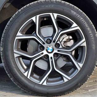 Pirelli Kembangkan Run Flat Tyre Untuk Antisipasi Pertumbuhan Mobil Listrik