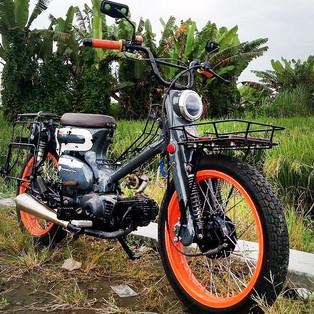 Motor Operasional Bengkel di Jombang Ini  Disebut Pick Up Street Cub