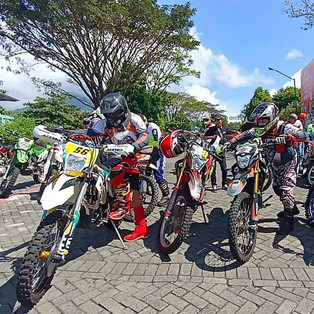 Alas MX 70 - 80: Reunian Mantan Crosser Susuri Gunung Panderman – Coban Rondo