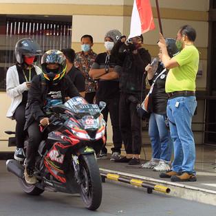 Trailveller Ramadhan Social Ride Sukses Ajak Komunitas Berdonasi Sambil Ikuti Time Rally