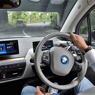 Kemenhub Percepat Pengembangan Kendaraan Listrik yang Lebih Aman