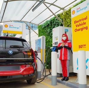 Shell Hadirkan Stasiun Pengisian Kendaraan Listrik Umum Perdana di Indonesia