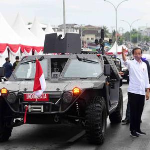 Cara Presiden Jokowi Promosikan P6 ATAV V1, Kendaraan Taktis Buatan Dalam Negeri
