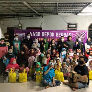 Agya Ayla SoliDaritas (AASD) Chapter Depok Santuni Anak-anak Yatim di Yayasan PADI