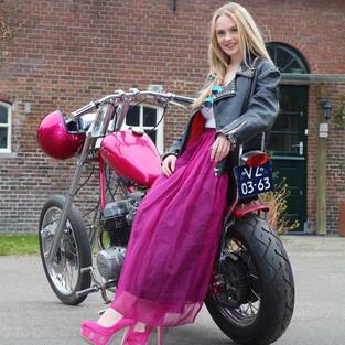 Chopper Gaya Seventies, Honda CB750 K3, dan The Lady in Pink!