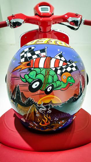 Custom Painting untuk Helm Seperti Ini Bisa Dipesan di Minority Custom Motorcycle Surabaya