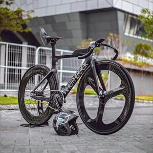 Velodrome Track Bike Custom Ini Dibangun Selama 10 Bulan, Full Parts Hedon!