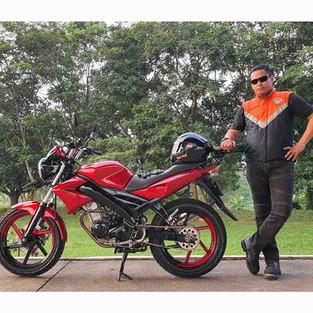 Vixion Hantu Langit Besutan Sang Flight Leader Nusantara Flight