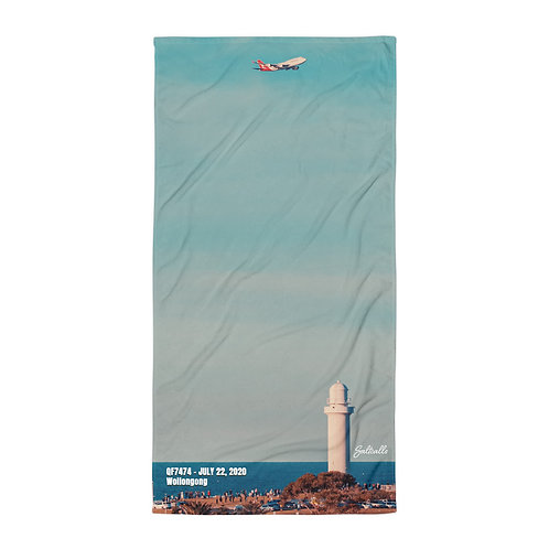 QF7474 final flight over Wollongong beach towel