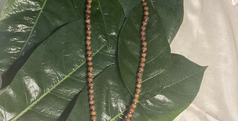 Brown sandalwood beads necklace