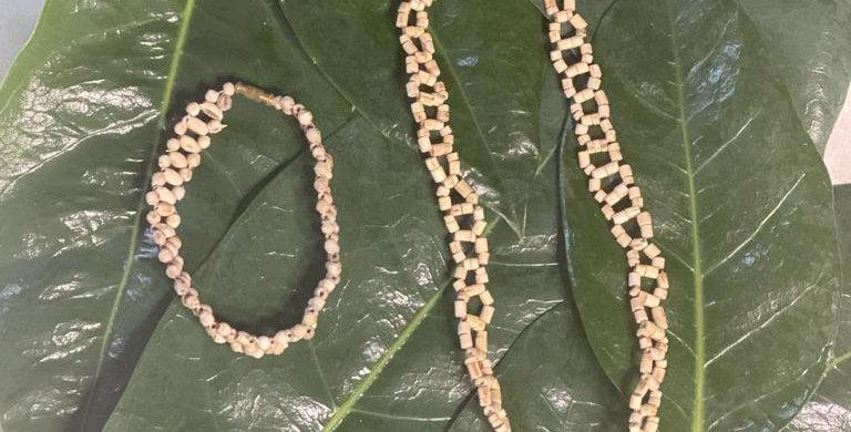 Folded hexagon neckware and bracelet