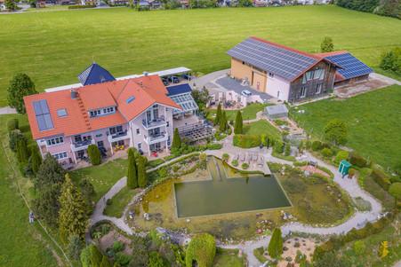 Architekturfoto-Wellnesshof_HDR_Drohne.jpg