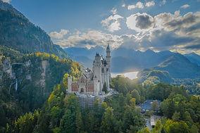 Arcitektur Außenaufnahme Schloss Neuschwanstein.jpg