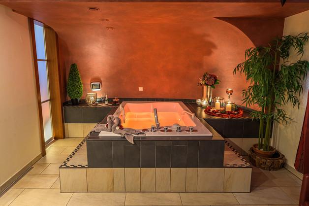 Foto Hotel Wellness Low Light - HDR-Aufnahme von Bernhard Bartsch