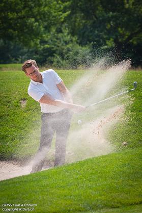 Eventfoto Kurzzeit - Golfspieler im Sandbunker