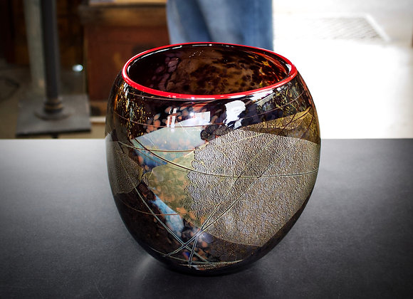 Artifact Bowl in Black with Poppy Lip