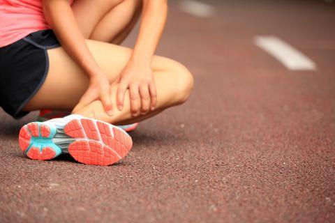 Tratamiento físico en lesiones deportivas.