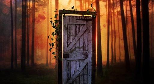 Tras las cinco puertas de colores, leído por Olga Paraíso en Historias para ser leídas.