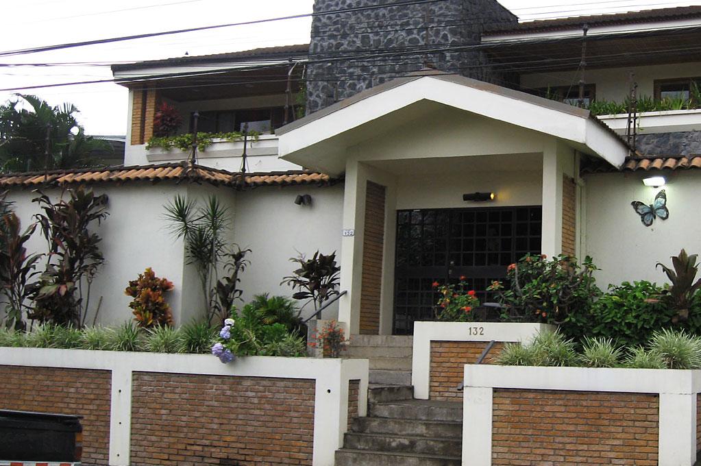 CasaLaurin-Entrance