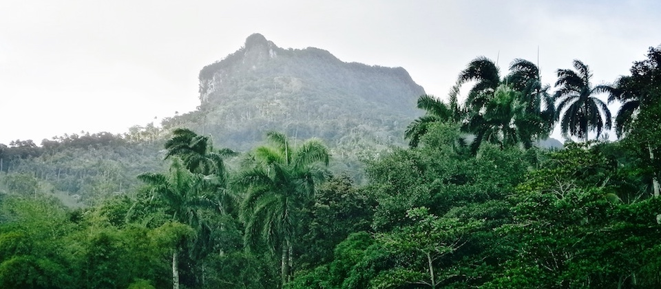 Le mont EL YUNKE vu de la région