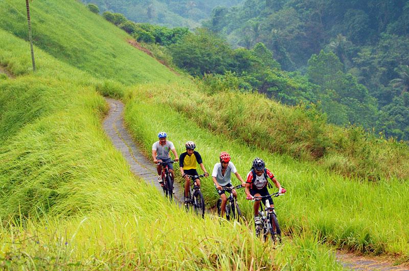 A vélo sur le Mont Batur