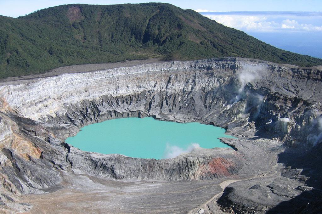 Volcan-Poas