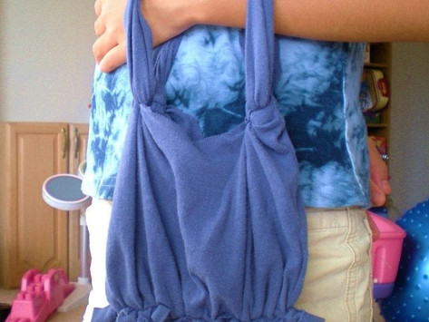 T shirt bag day