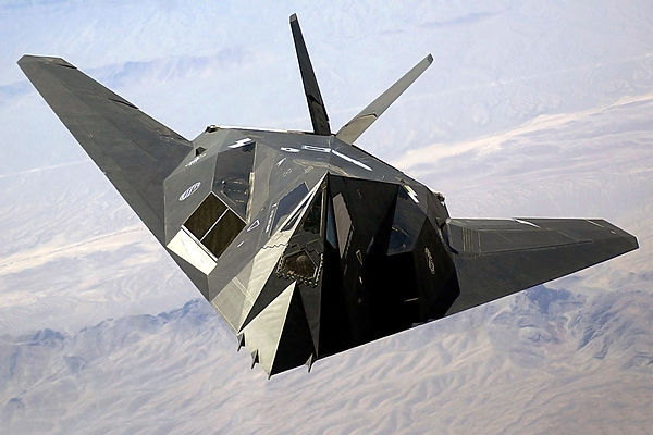 F-117_Nighthawk_Front.jpeg