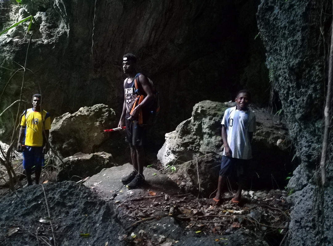 CAVES IN NORTH WAIGEO