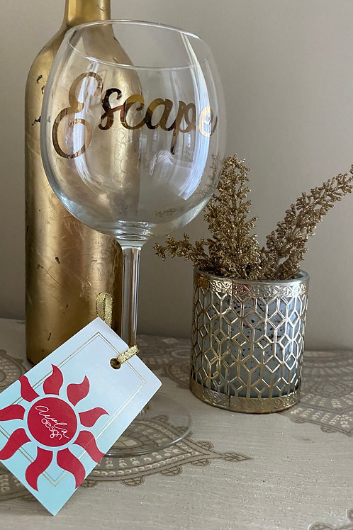 ESCAPE WINE GLASS