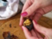 Peeling roasted chestnut