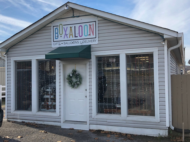 Boxaloon Brings Unique Twist on Gift Giving