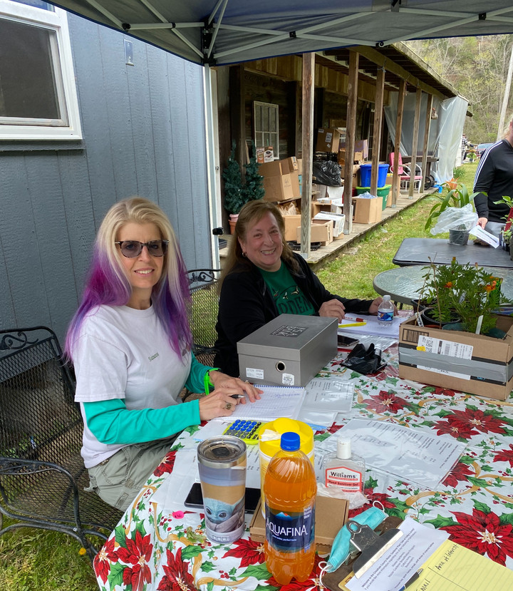 Plant Sale Success for Cheatham Co. Master Gardeners