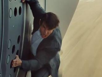 Tom Cruise Wears Scleral Lenses for MI5