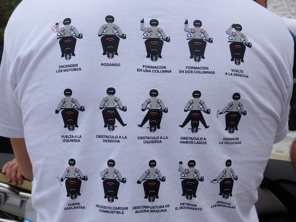 """Alt=""""señales a usar durante manejo de moto"""""""
