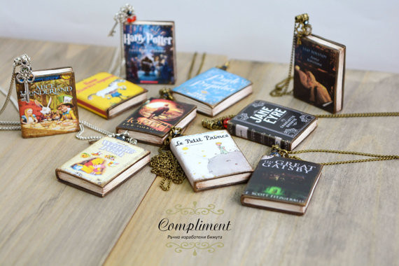 A tiny book for your writer!