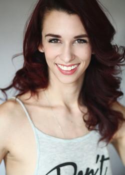 Cara Chapman headshot smiling