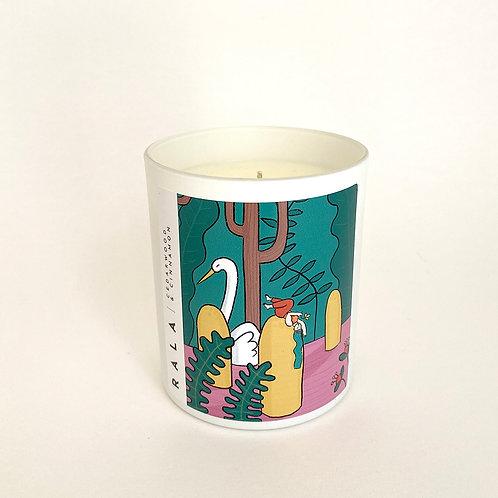 Cedarwood & Cinnamon Scented Candle