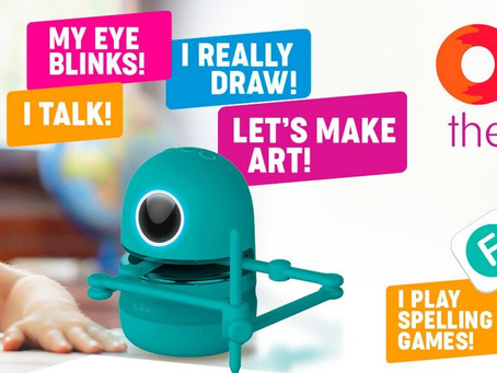 Robot artist Quincy: he will definitely teach you how to draw!
