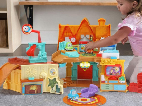 Go! Go! Cory Carson Cory's Stay & Play Home is an interactive toy from VTech